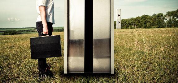 Discurso de elevador é algo ultrapassado. Mude a maneira de estabelecer relacionamentos de negócios.